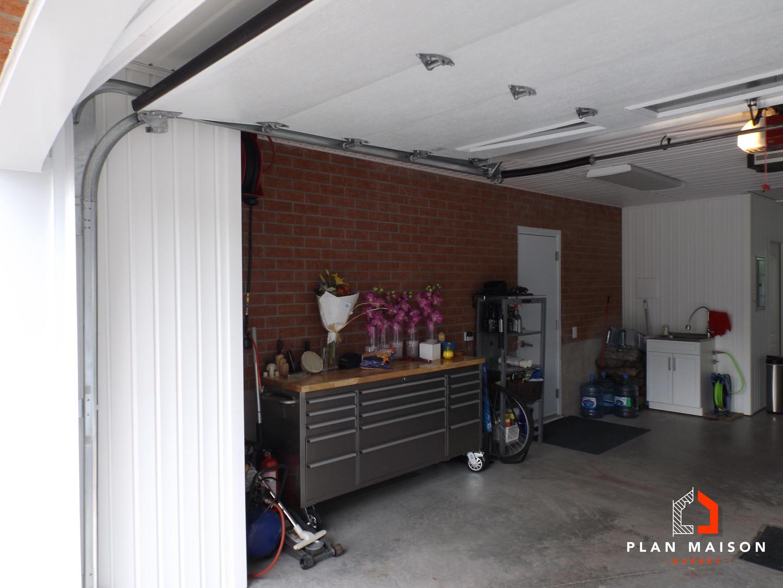 Plan de maison 2 étages avec garage