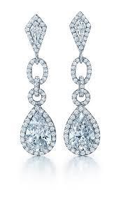 Pear shape diamond dandling earrings
