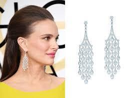 Natalie Portman flowing dandling earrings