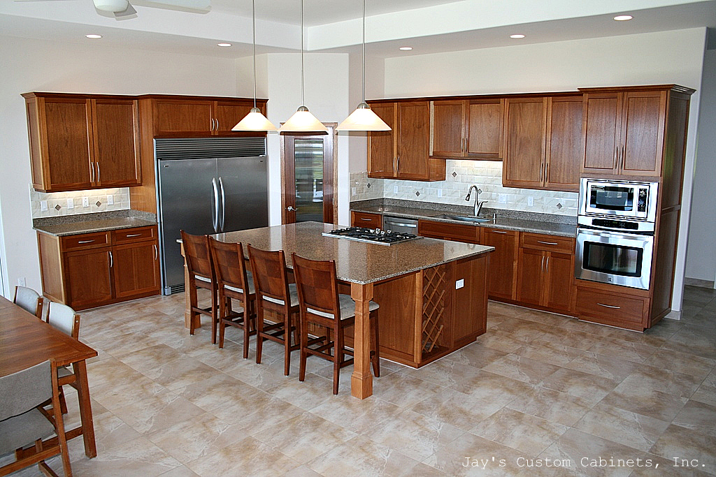 Winchester Style | African Mahogany | Clear Finish | Silestone Quartz