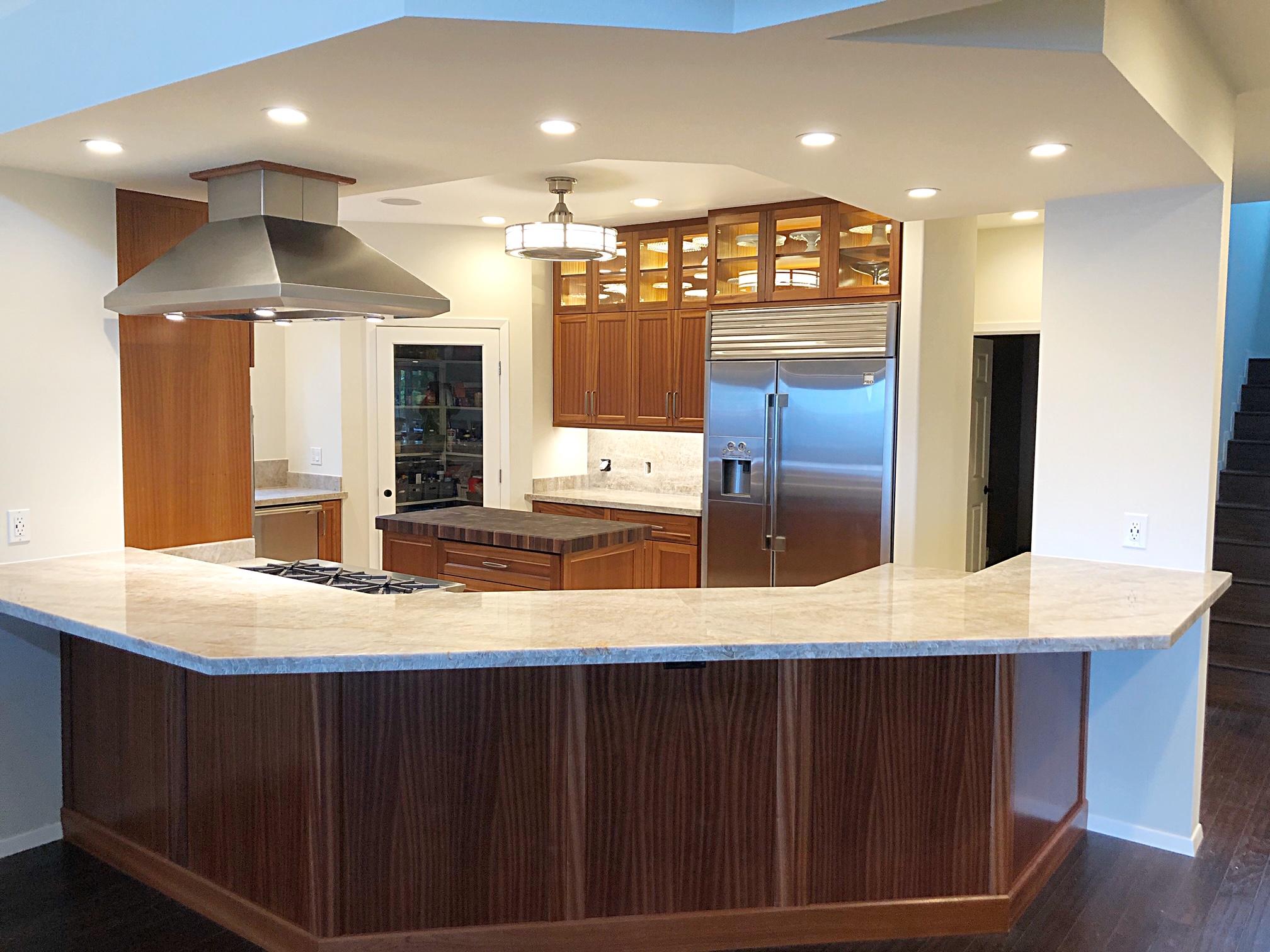 Winchester Style | Qtr'd Sapele | Clear Finish | Quartzite Stone