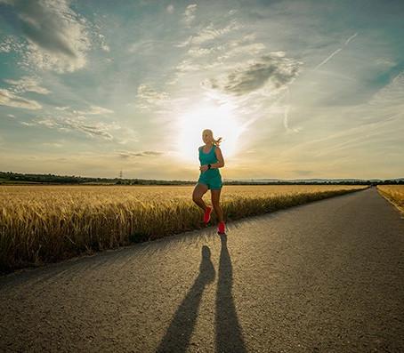 Zecken-Gefahr beim Laufen in der Natur