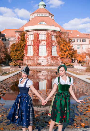 Idda & Taida Autumn
