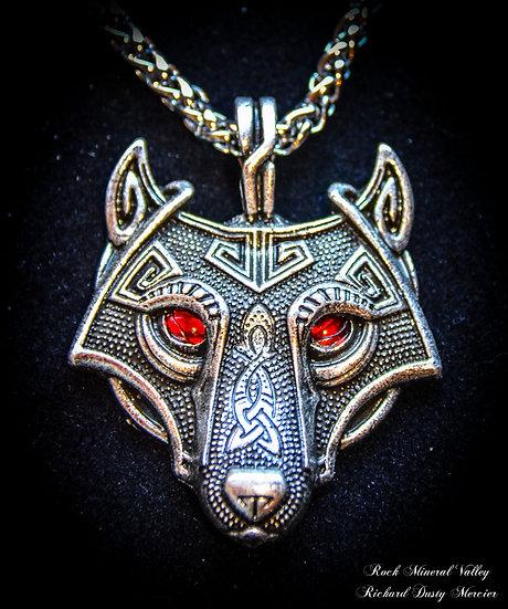 Pendentif Loup Wolf yeux rouges Celtique