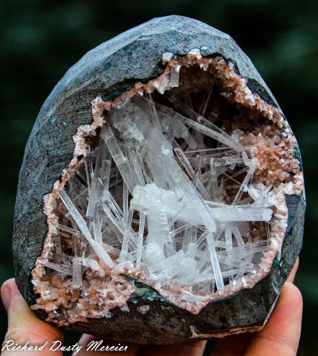 Scolecite in Heulandte geode