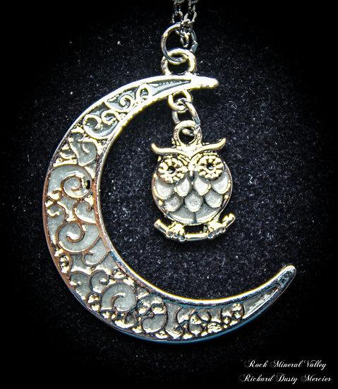 Pendentif Lune Hibou Fluorescent
