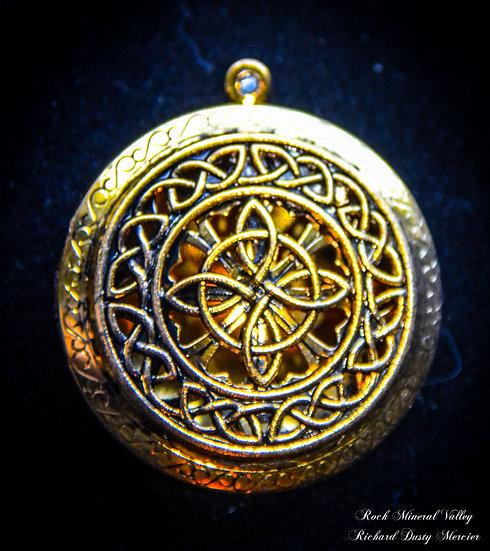 Pendentifs Diffuseur Celtique Croix de l'infini Doré