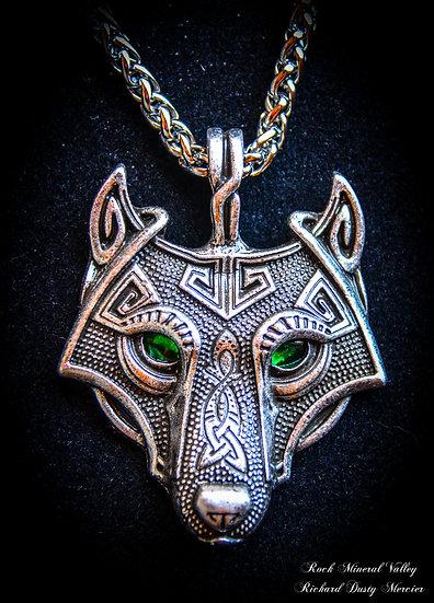 Pendentif Loup Wolf yeux verts Celtique