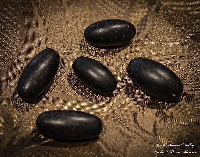 Shiva Lingam noir, mini