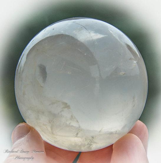Sphère de Quartz laiteux