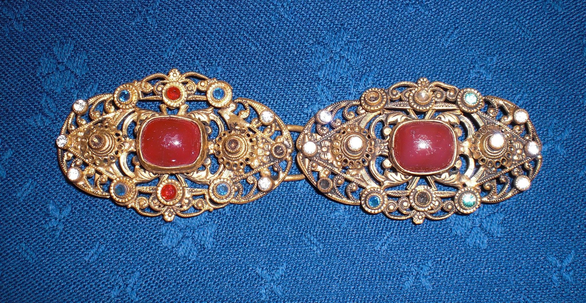 Alte, original Schließe , vergoldet