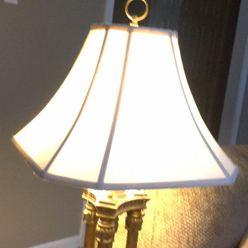 Lamp test photo