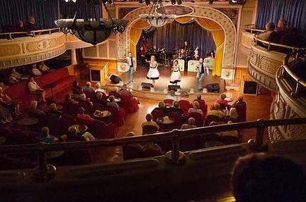 grand-saloon-show_500x330.jpg
