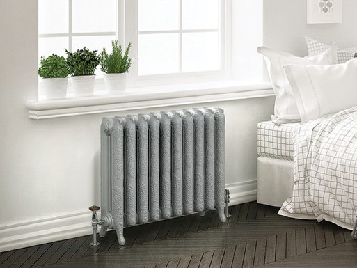 The Ashington 2 Column Cast Iron Radiator | Foundry