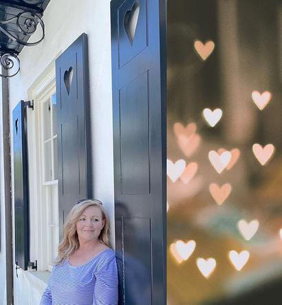 Charleston with heart shutters_edited.jpg