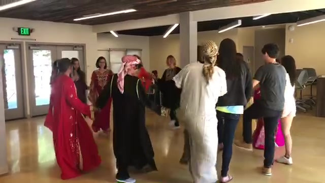Students Learn Arabic Dance - Summer Intensive Language Program
