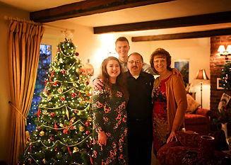christmas2018withfamily.jpg