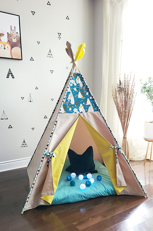 Happy Bear in Flower Necklace Teepee Tent Double Sided Doors