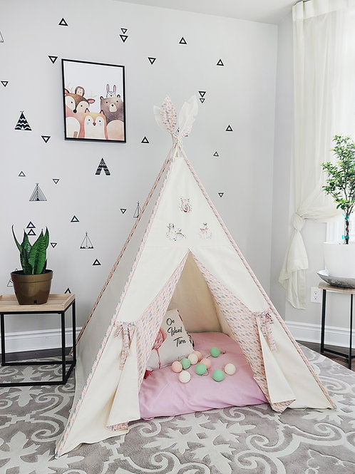 Boho animals patches with feathers girls teepee tent