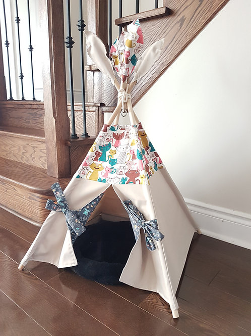 Kitty and Flowers double-sided doors pet's teepee tent.