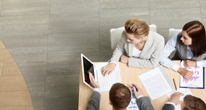 Essential tips for working with family members