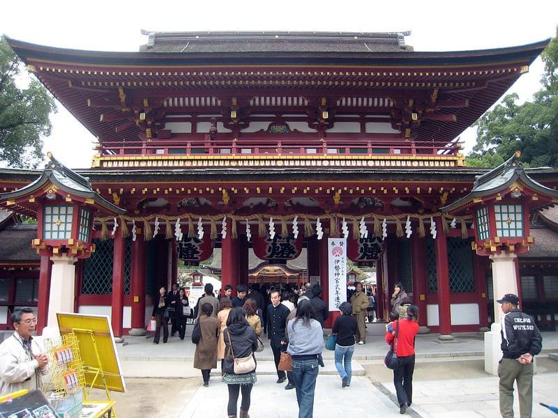 Tenmangu Shrine (by_ tyrian123_Flickr)