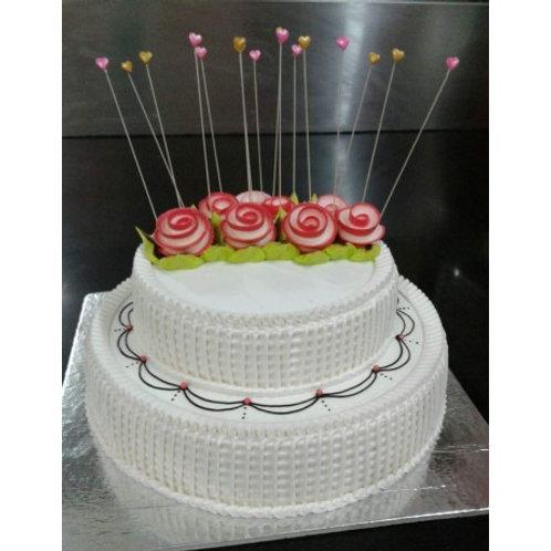 White Garden Cake