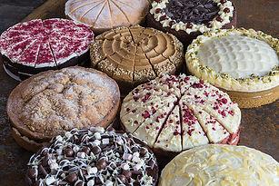 Kara-Cakes-Group2.jpg