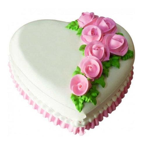 Classy Vanilla Heart Cake