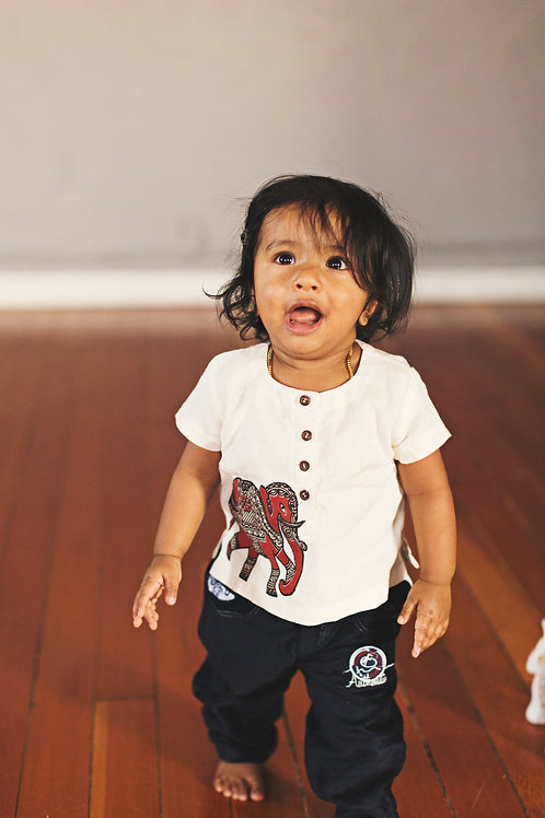Unisex Elephant Applique shirt
