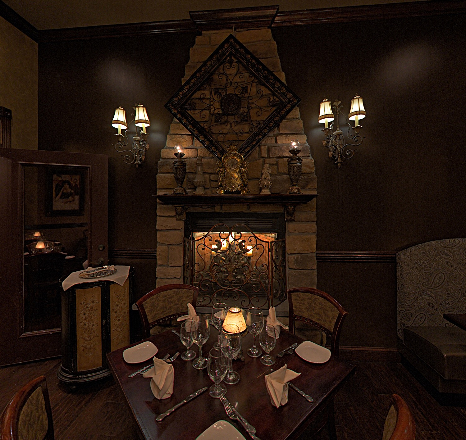 Cava Restaurants Fire Place Room