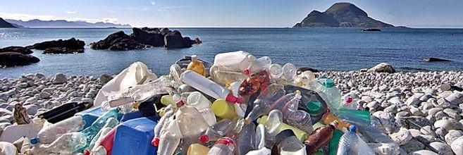 plastic_ramassage-déchets-plage.jpg