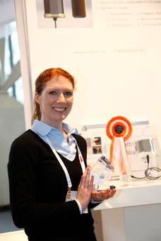 Jennifer with PearlAqua's Innovation Award