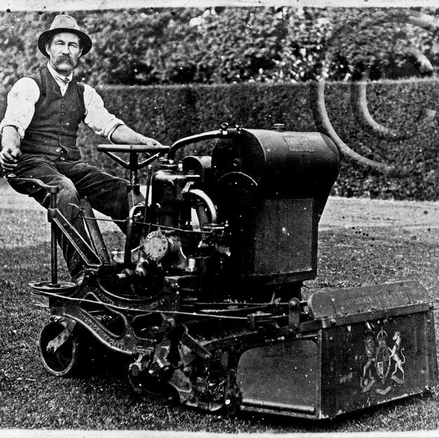 Ransomes 36in 1920s
