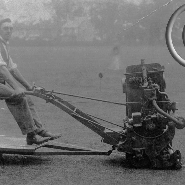 Ransomes 30in Motor Mower 1920s
