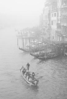 Venise dans la brume.