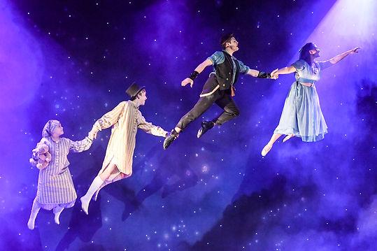 Peter Pan - Peter (Samular Bailey) & Wen