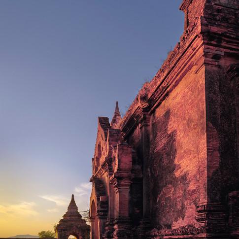 Streets-of-Bagan--.jpg