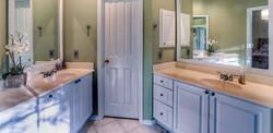 Double Sink in Bath