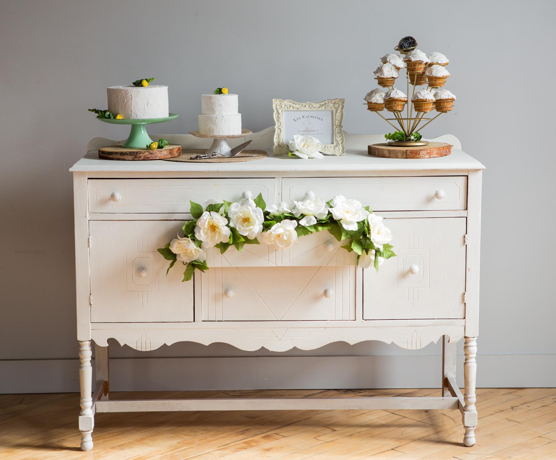 Buffet Abigaëlle - table à gâteaux