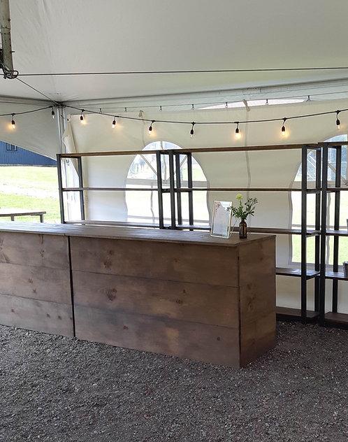 Bar en bois foncé