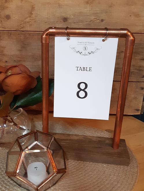 Support en cuivre pour table