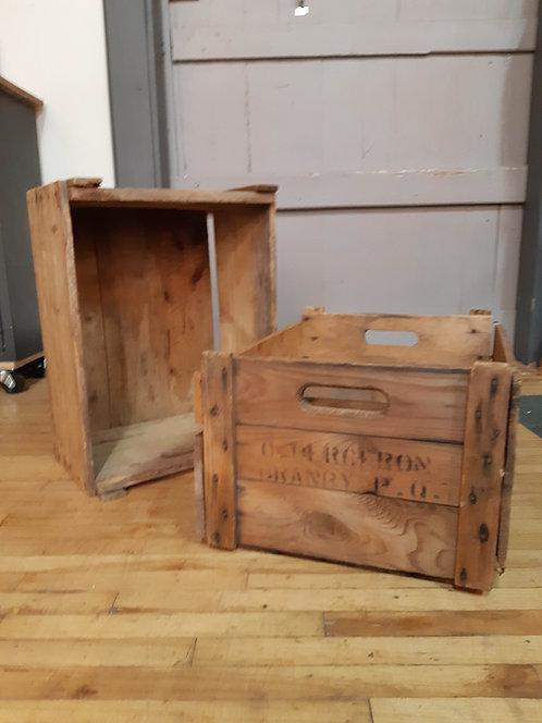 Caisse de bois antique
