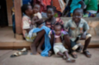 children-sitting-on-ground-bangui-centra