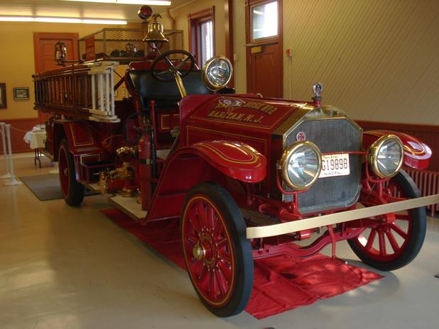 1922 American LaFrance 700 gpm Pumper