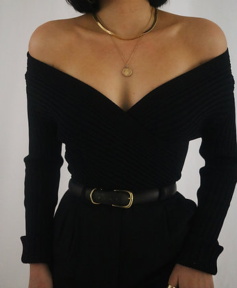 Vintage Noir Ribbed Sweater