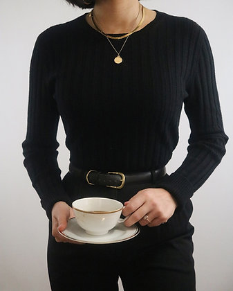 Vintage Noir Cashmere Ribbed Sweater