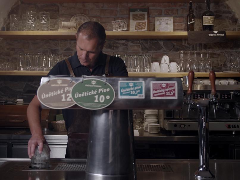 Únětický pivovar reklama