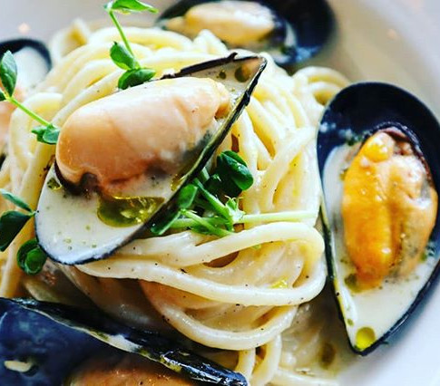 Spaghetti with West Coast Mussels, Cacio and Black Pepper
