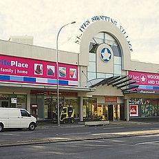 St_Ives_shopping_village.jpg